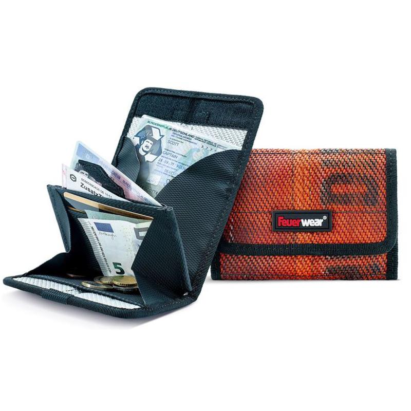 portemonnaie tyler aus feuerwehrschlauch online in der schweiz kaufen. Black Bedroom Furniture Sets. Home Design Ideas
