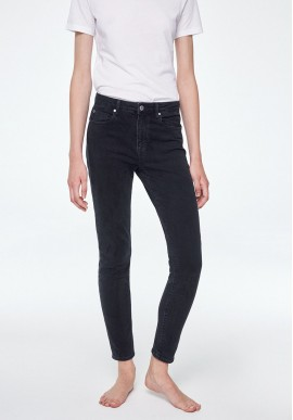 Damen-Jeans Armedangels Tillaa Cropped washed down black