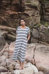 Viola-Sue Organic Cotton Dress In Off White & Navy