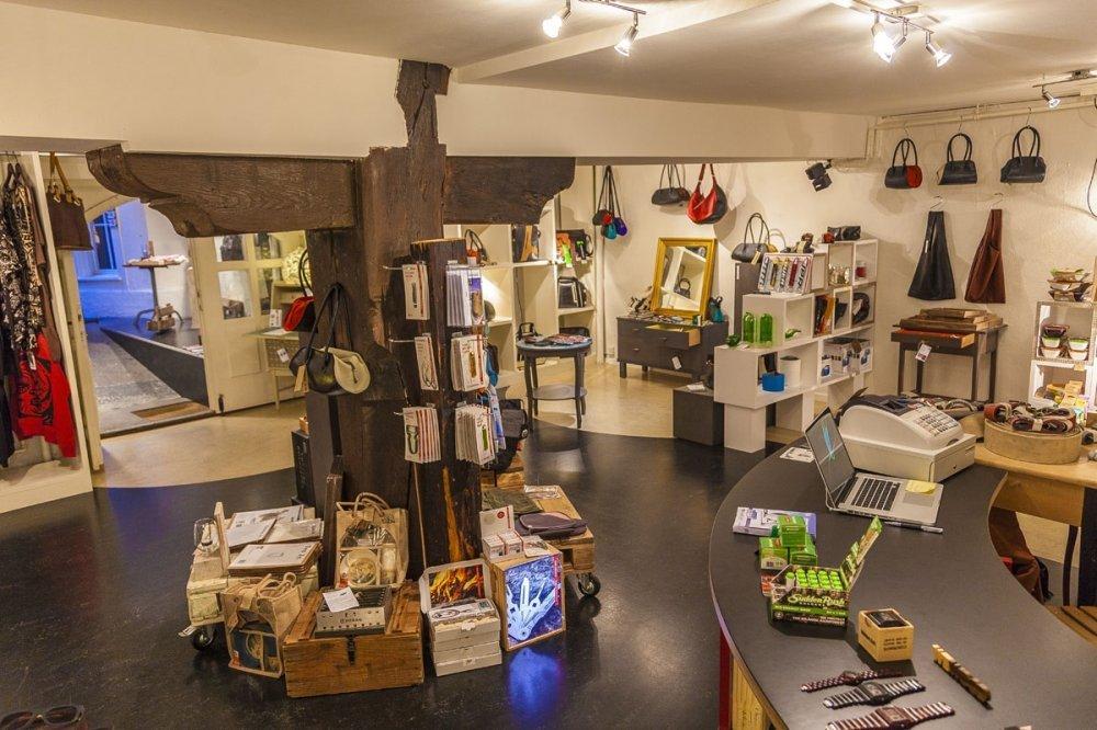 rrrevolve-store-stuessihofstadt-2014