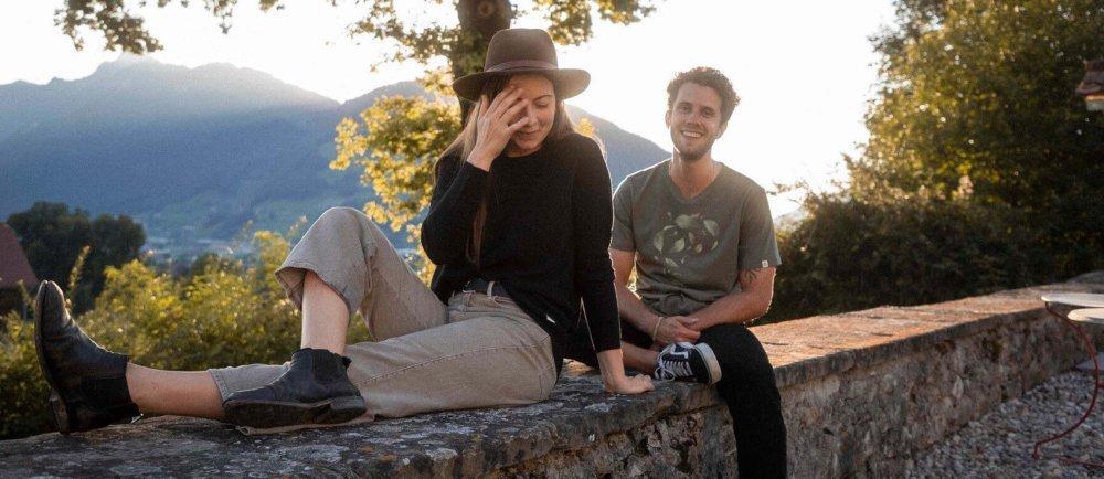 Nachhaltige und fair produzierte Basic Streetwear. Reduce, reuse, recycle, RRREVOLVE. Onlineshop Schweiz